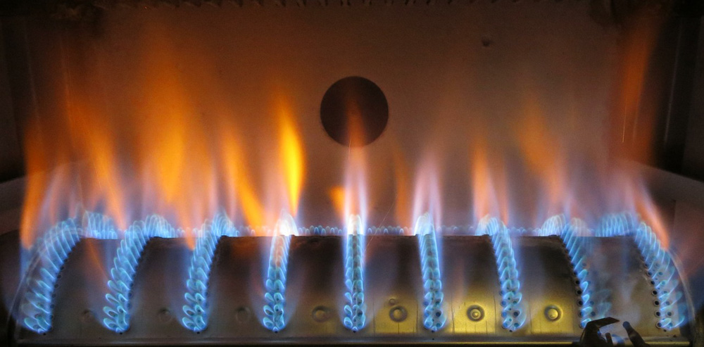 bermuda-552-orange-flames-1